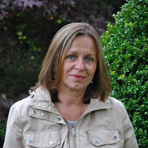 Dorothee Bastian